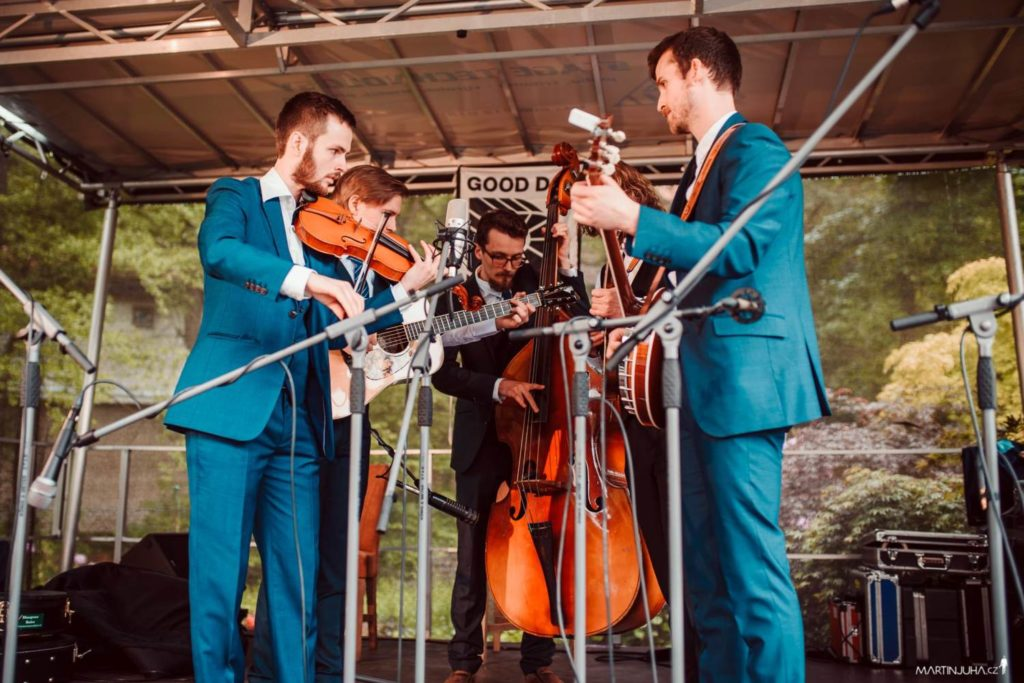 Strengplukk performing at Wedding of Rosta Capek and Ivana Loukova (now Capkova) in Prague, Czech Republic May 2018. From left to right - Nikolai Storevik, Jakob Folke Ossum, Vidar Starheimsæter, Andreas Barsnes Onarheim, and Thor. Photo by Martin Juha.
