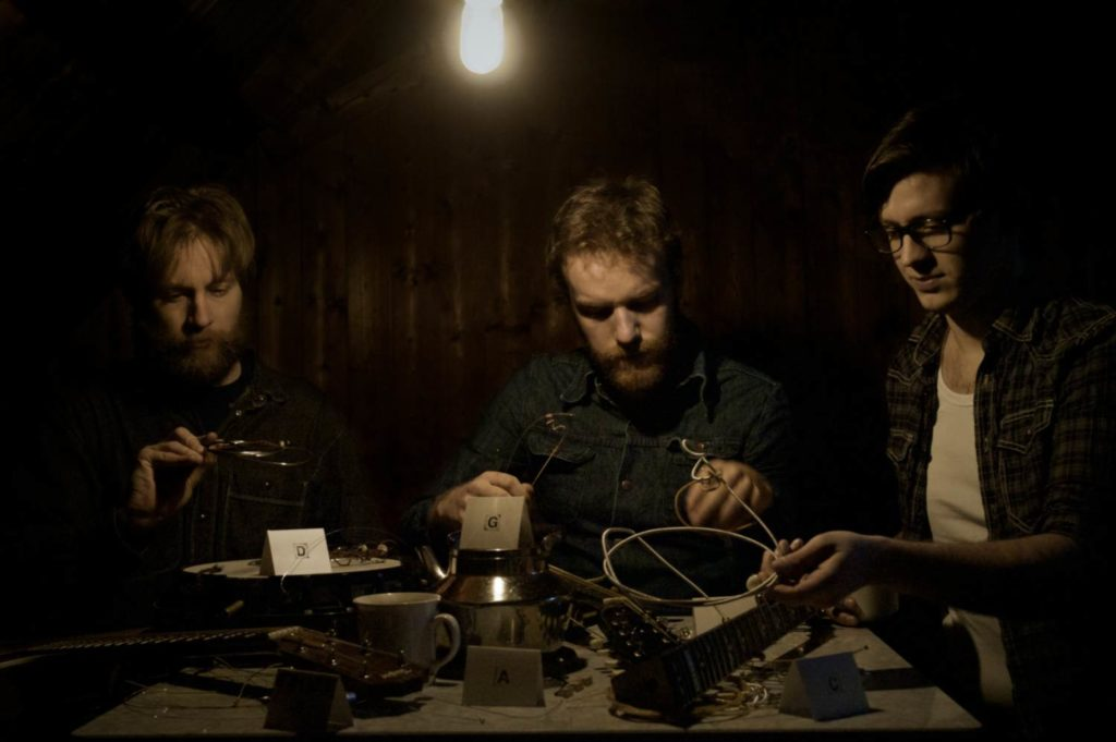 Open String Department, from left to right; Espen Bjarnar Gjermo, Magnus, and Aksel Jensen. Photo by Tore Sandbakken.